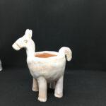 porta pianta cavallo stilizzato in terracotta